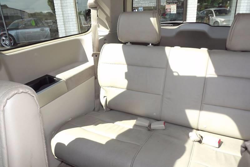 2004 Nissan Quest 3.5 SE 4dr Mini-Van - Grand Rapids MI