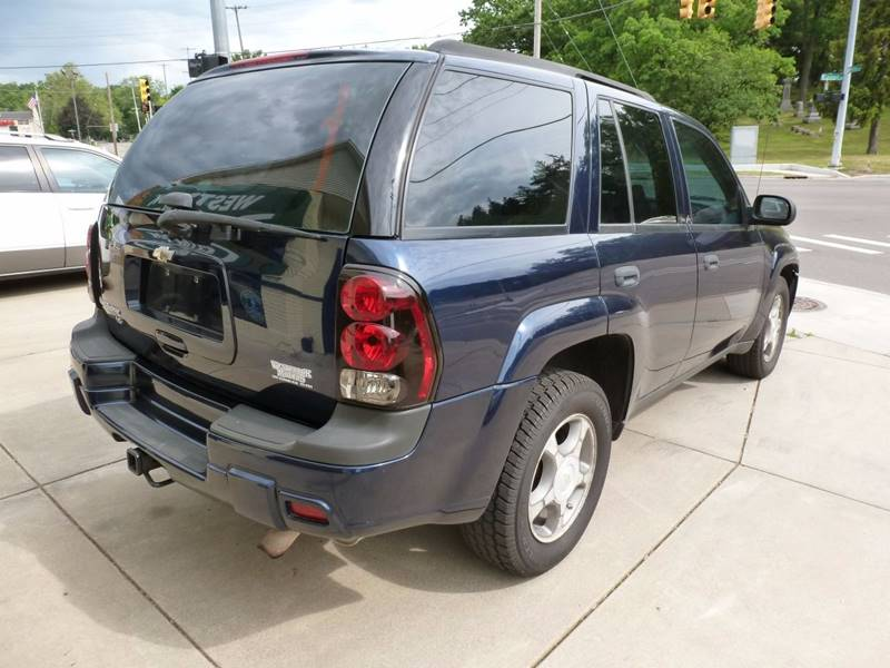 2008 Chevrolet TrailBlazer 4x4 LT1 4dr SUV - Grand Rapids MI