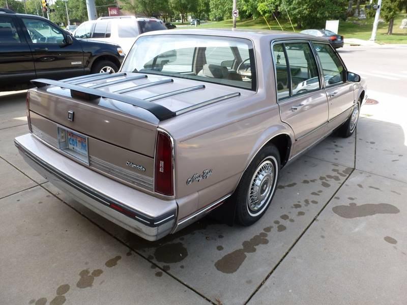 1988 Oldsmobile Ninety-Eight Regency Brougham 4dr Sedan - Grand Rapids MI