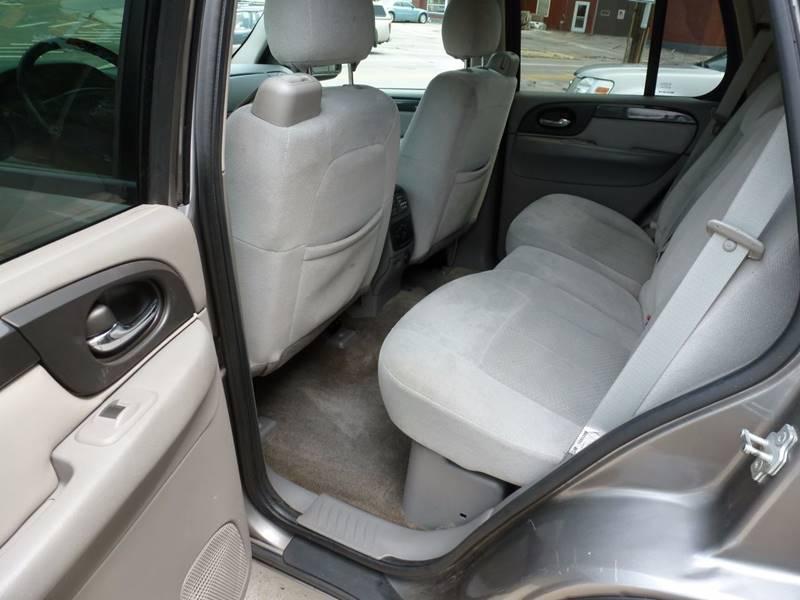 2008 GMC Envoy 4x2 SLE 4dr SUV - Grand Rapids MI