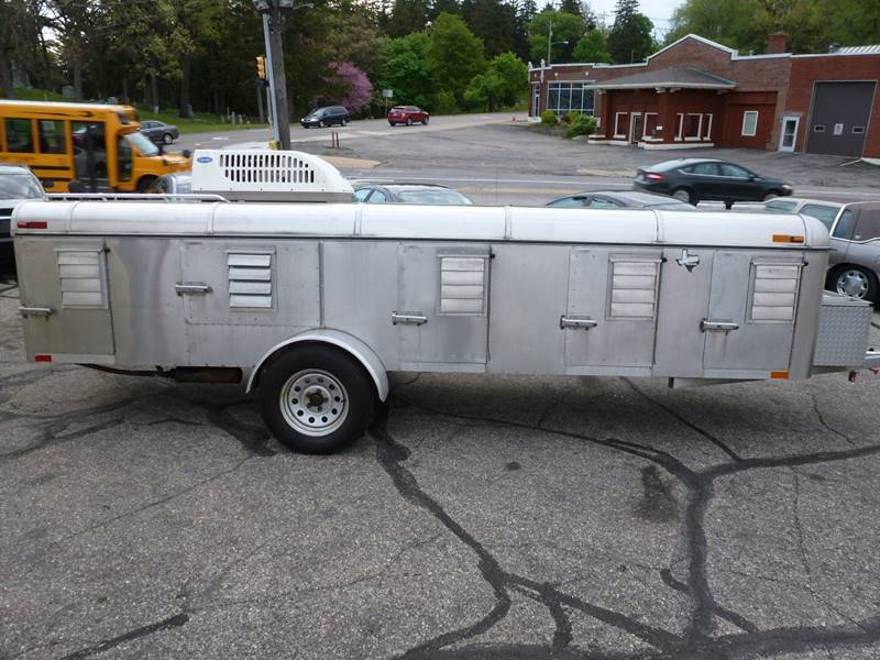 2005 Jones Stainless 8 dog Stainless climate controlled - Grand Rapids MI