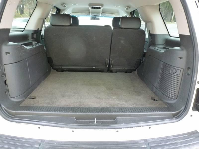 2009 Chevrolet Tahoe 4x4 LS 4dr SUV - Grand Rapids MI
