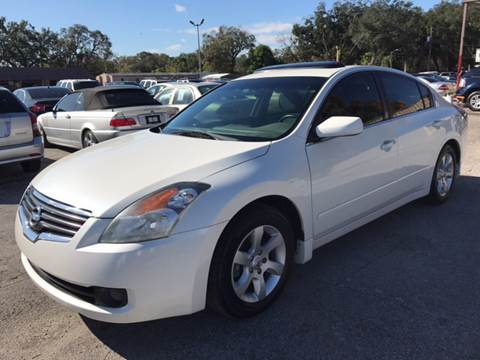 2009 Nissan Altima for sale at Budget Motorcars in Tampa FL