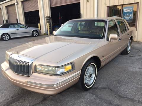 1996 Lincoln Town Car for sale in Tampa, FL