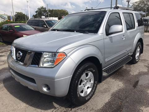 2007 Nissan Pathfinder for sale at Budget Motorcars in Tampa FL