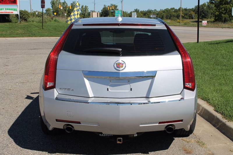 2010 Cadillac CTS for sale at Markham Motors in Perry MI