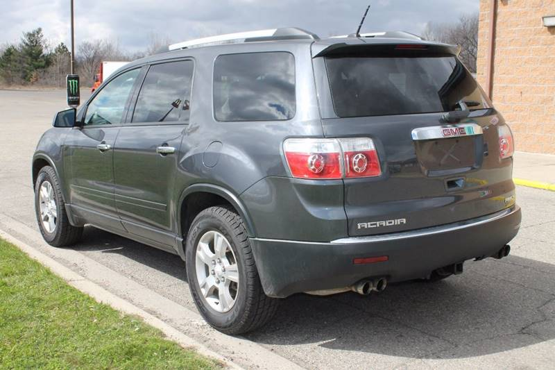 2012 GMC Acadia for sale at Markham Motors in Perry MI