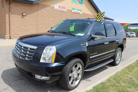 2007 Cadillac Escalade for sale at Markham Motors in Perry MI