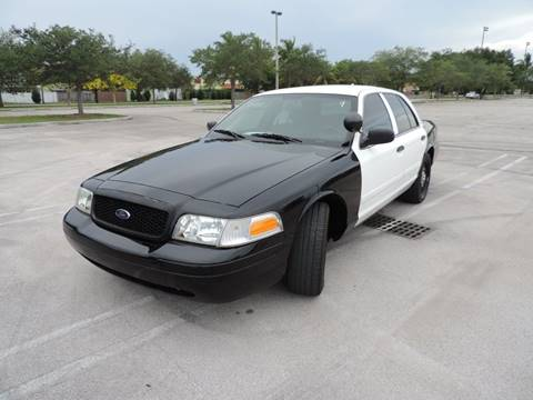 2010 Ford Crown Victoria for sale in Hialeah, FL