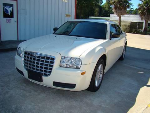 2009 Chrysler 300 for sale in Houston, TX