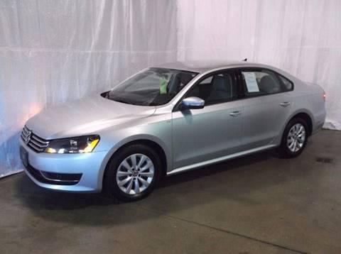 2013 Volkswagen Passat for sale in Archbold, OH