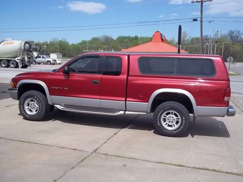 1999 Dodge Dakota for sale at C MOORE CARS in Grove OK