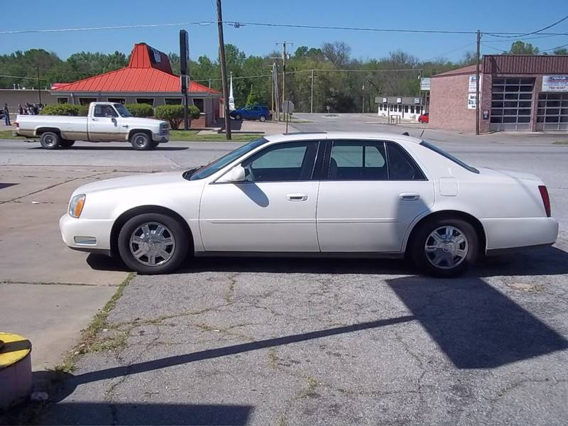 2003 Cadillac DeVille for sale at C MOORE CARS in Grove OK