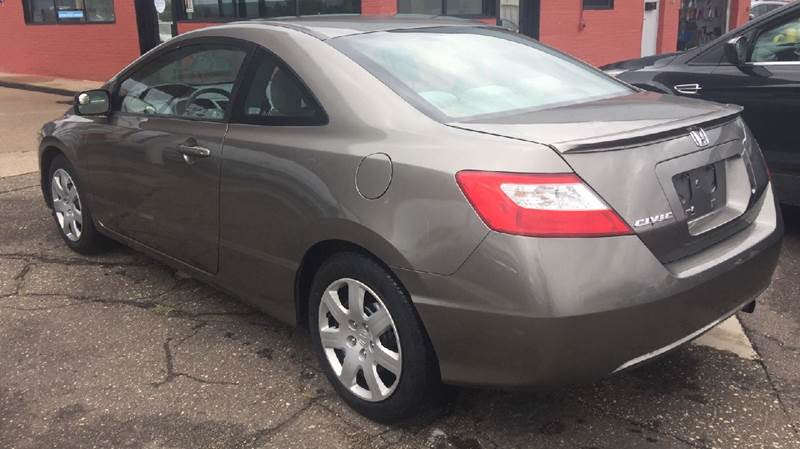 Honda Civic 2008 LX 2dr Coupe 5M