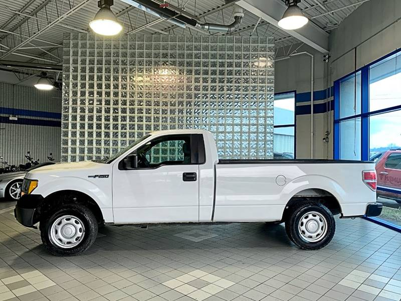 2010 Ford F-150 XL (image 4)