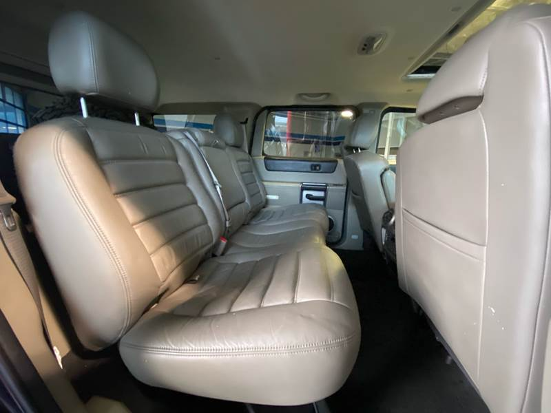 2004 HUMMER H2 Lux Series (image 29)