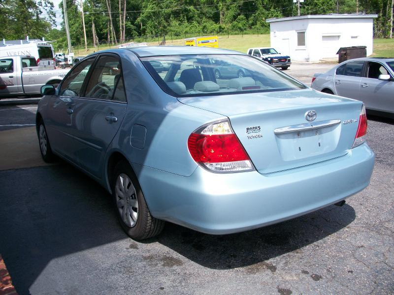 2005 Toyota Camry LE 4dr Sedan - Wake Forest NC
