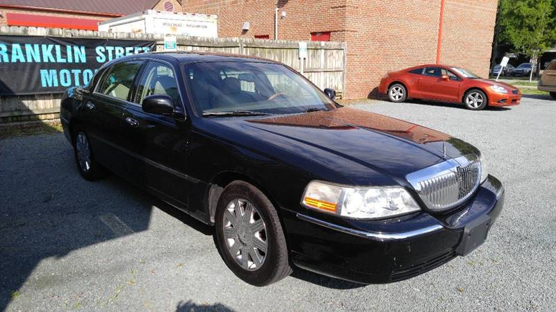 2004 Lincoln Town Car Ultimate 4dr Sedan In Chapel Hill Nc
