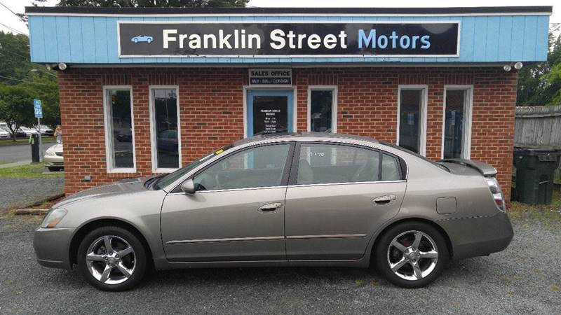 2006 Nissan Altima 3.5 SE 4dr Sedan W/Automatic   Chapel Hill NC