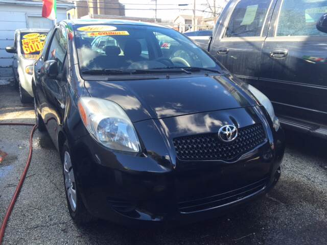 2007 Toyota Yaris for sale at Jeff Auto Sales INC in Chicago IL