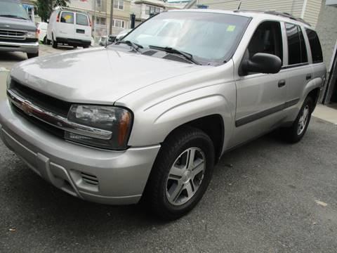 2005 Chevrolet TrailBlazer for sale in Woodhaven, NY