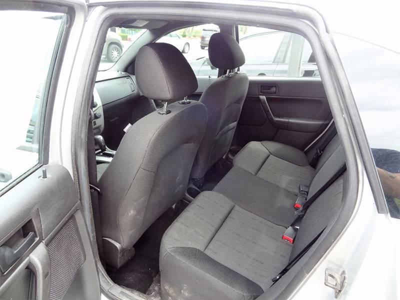 2011 Ford Focus SE 4dr Sedan - Nashua NH