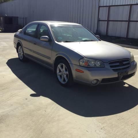 2002 Nissan Maxima for sale at Safe Trip Auto Sales in Dallas TX