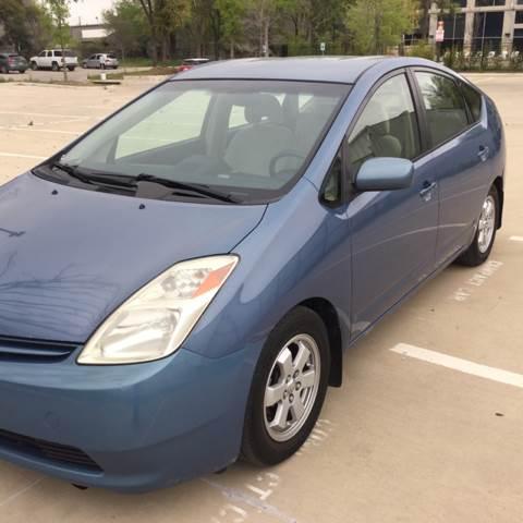 2004 Toyota Prius for sale at Safe Trip Auto Sales in Dallas TX