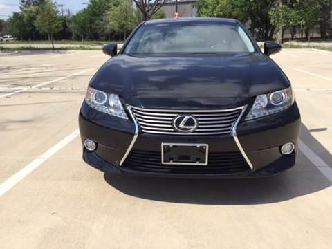 2013 Lexus ES 350 for sale at Safe Trip Auto Sales in Dallas TX