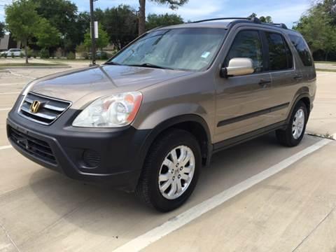 2005 Honda CR-V for sale at Safe Trip Auto Sales in Dallas TX