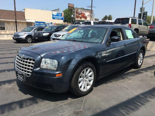 2008 Chrysler 300 for sale at ADVANTAGE AUTO SALES INC in Bell CA