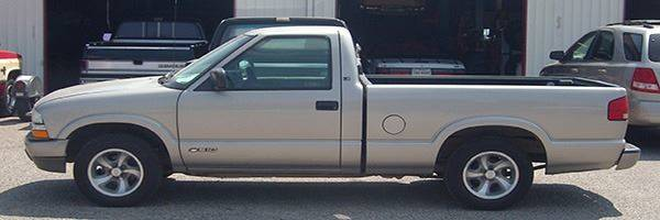 1999 Chevrolet S-10 for sale at EZ WAY AUTO in Denison TX