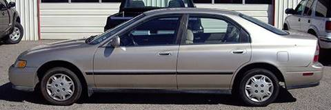 1995 Honda Accord for sale at EZ WAY AUTO in Denison TX