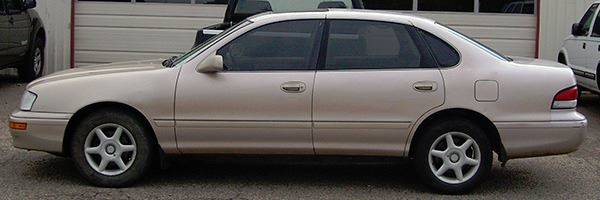 1997 Toyota Avalon for sale at EZ WAY AUTO in Denison TX