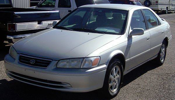 2001 Toyota Camry for sale at EZ WAY AUTO in Denison TX