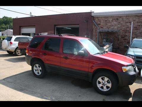 2005 Ford Escape for sale at Andy Yeager Motors in Harrison AR