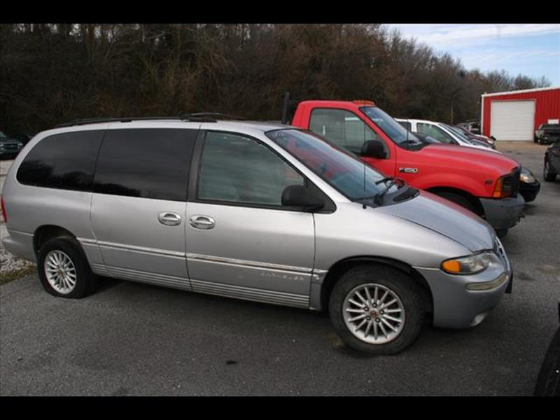 2000 Chrysler Town and Country for sale at Andy Yeager Motors in Harrison AR