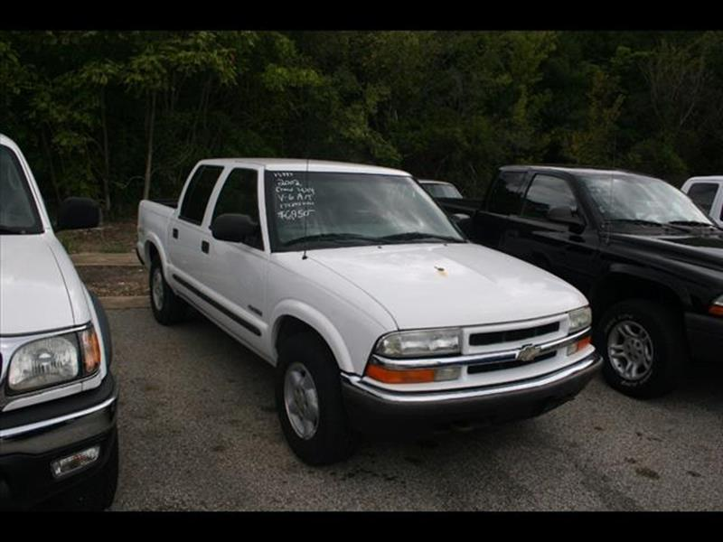 2002 Chevrolet S-10 for sale at Andy Yeager Motors in Harrison AR