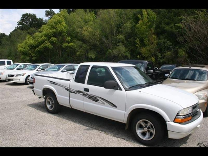 2001 Chevrolet S-10 for sale at Andy Yeager Motors in Harrison AR