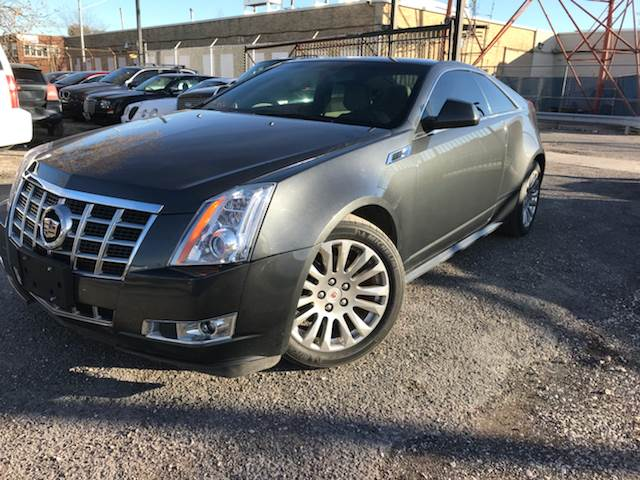 photo sedan look on display ats gallery the luxury take chicago show a dealers cadillac o vehicles auto in from premium at