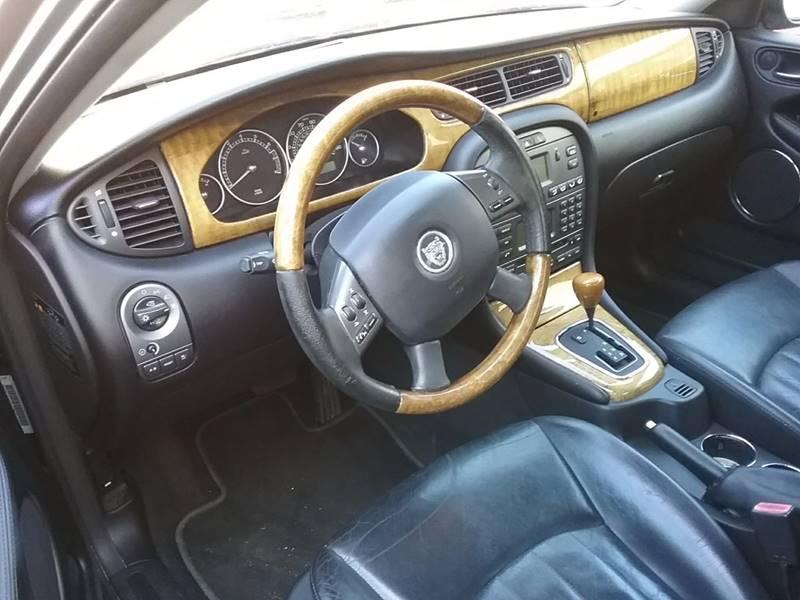 2004 Jaguar X-Type AWD 3.0 4dr Sedan - Miami FL