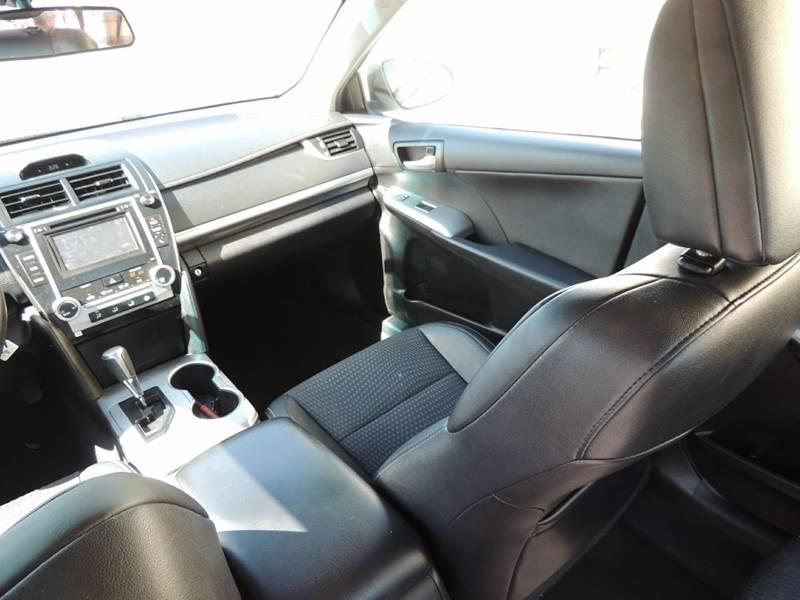 2014 Toyota Camry SE 4dr Sedan - Miami FL