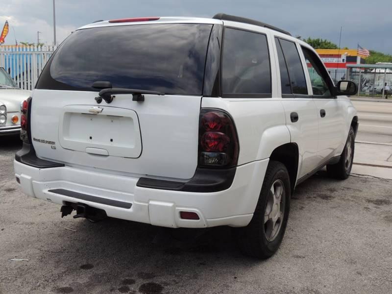 2007 Chevrolet TrailBlazer LS 4dr SUV 4WD - Miami FL