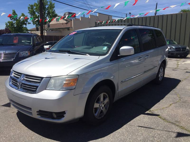 2009 Dodge Grand Caravan SXT Mini-Van 4dr - Boise ID