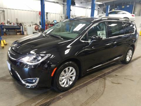 2017 Chrysler Pacifica for sale in Arcadia, WI