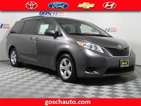 2017 Toyota Sienna for sale in Hemet, CA