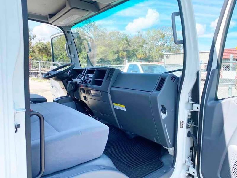 2017 Chevrolet W4500 HD (image 15)