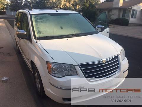 2008 Chrysler Town and Country for sale in Commerce City, CO