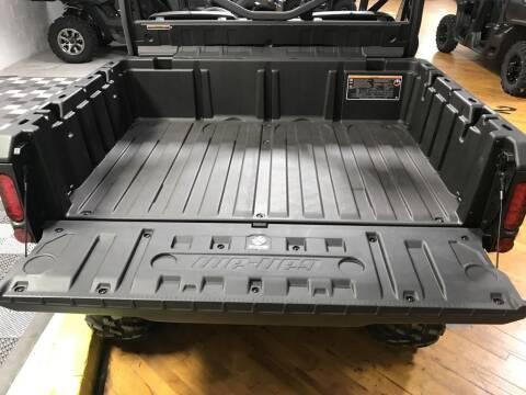 2020 Can-Am Defender DPS™ HD8 Boreal