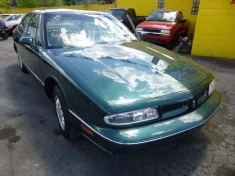 1996 Oldsmobile Eighty-Eight for sale in Warren, MI